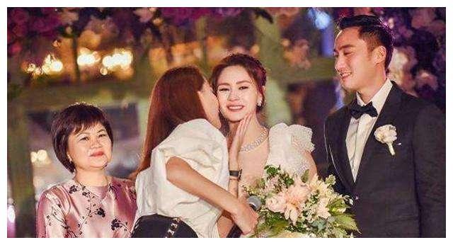 继阿娇之后,娱乐圈又一女星宣布结婚,但婚纱照有种大片即视感!