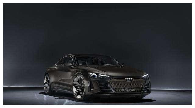 充电速度快,0%-80%只需20分钟,这样的新能源汽车你觉得怎么样呢
