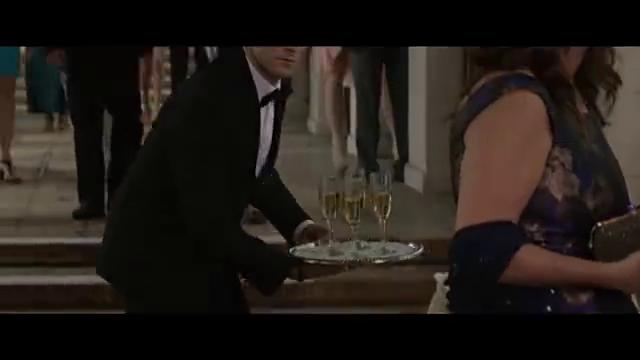 帕特里克装作侍从,混进婚礼,帕特里克遭到毒打