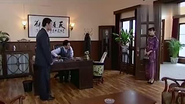 赵青笠对郑可玉感兴趣,厉仲谋醋意满天飞,都能开醋厂了