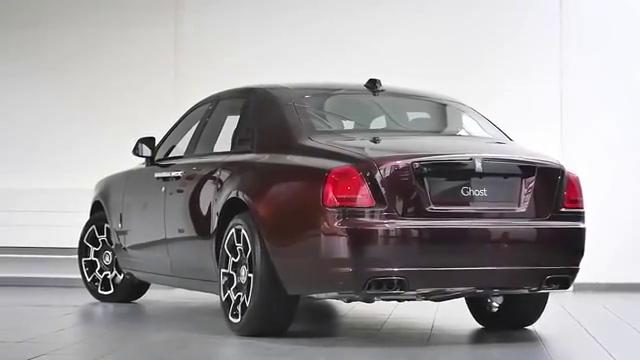 视频:劳斯莱斯古斯特到货,打开车门,惊艳的一幕开始了。