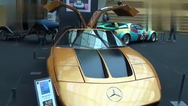 视频:1970年的老爷车超跑奔驰C111,这设计放在现在依然不过时