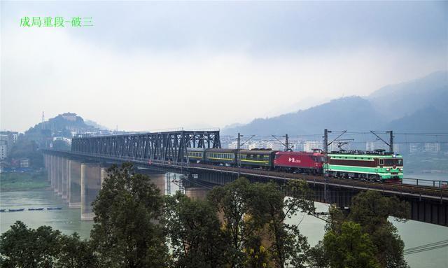 拥有三大世界之最的重庆白沙沱长江铁路大桥