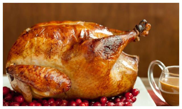 美国人好奇中国人为什么不出火鸡,网友:山姆大叔你不懂美食
