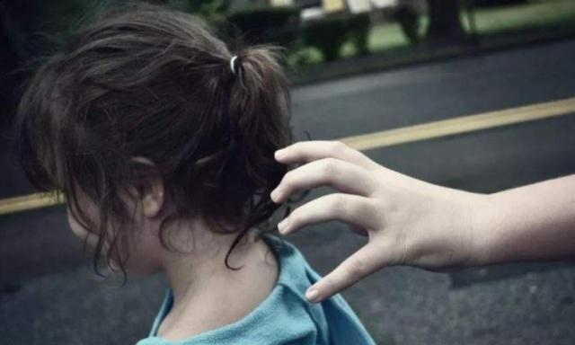 """人贩子""""挑孩子""""有规矩,有3类孩子是他们喜欢的,你家娃可能是"""