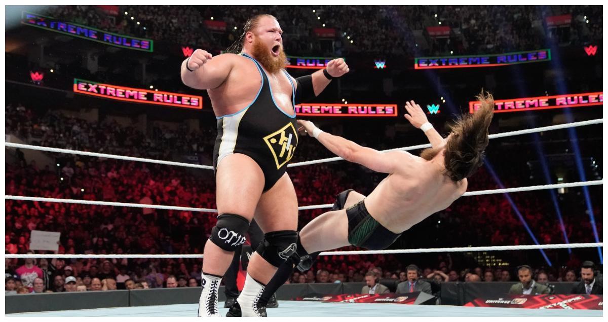 """新一天包揽WWE三条金腰带,""""现象级大师""""三度登顶全美冠军"""