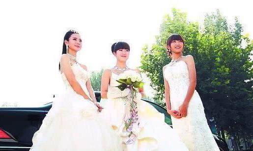 """曾火遍全国的""""三姐妹""""一个成小三,一个整容,一个却越来越美!"""