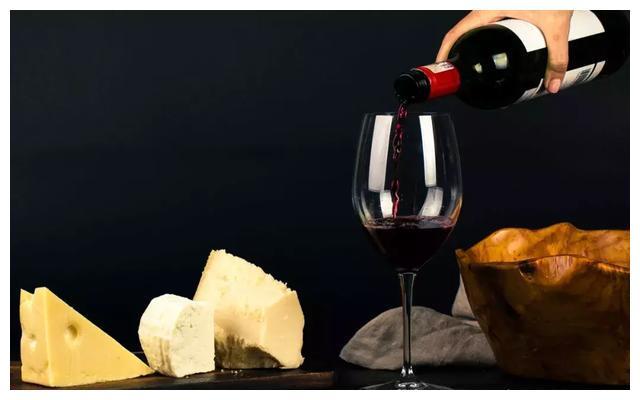 喝葡萄酒比吃葡萄更保健养生