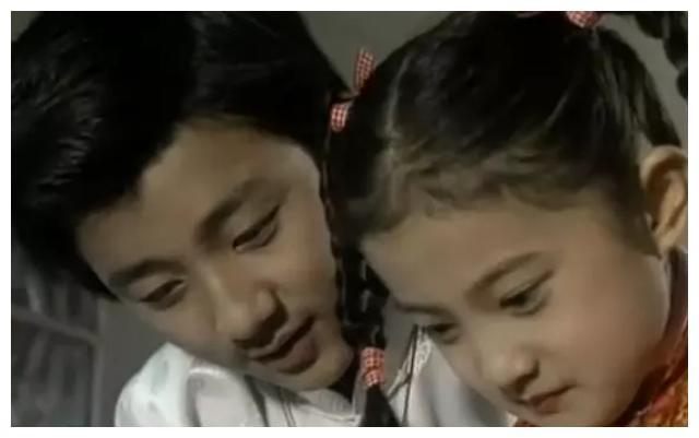 """""""槿汐姑姑""""孙茜2岁儿子近照,褪去婴儿肥变帅气小正太"""