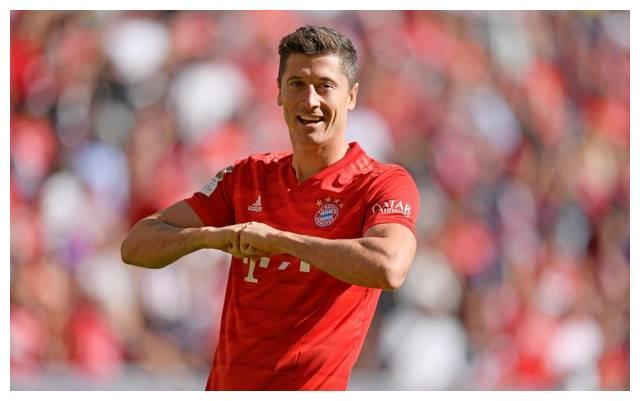 C罗、梅西最大对手出炉!拜仁锋霸5场狂轰9球 剑指欧洲金靴