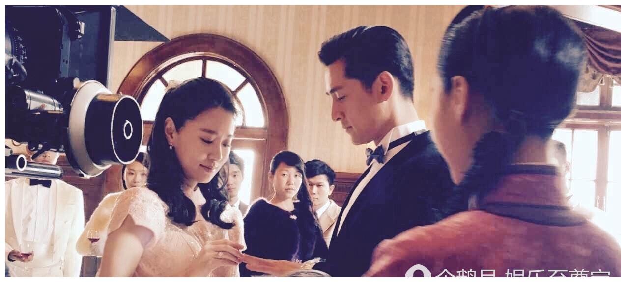 她被老师劝改表演系,与张子健合作一角被人所知,搭档胡歌却未火