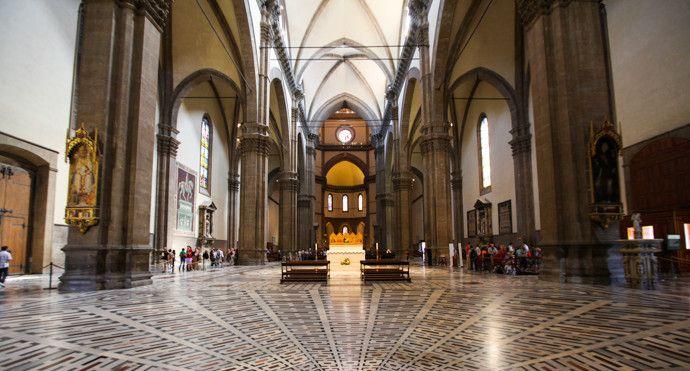 圣母百花大教堂,她将文艺复兴时代所推崇的自由,诠释得淋漓尽致