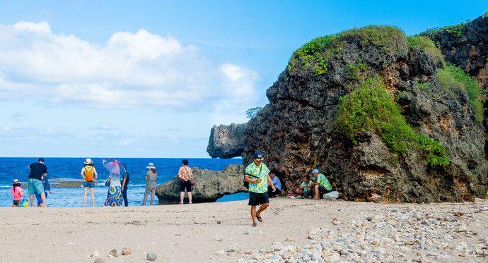 鳄鱼头海滩位于塞班岛的北部,因形似鳄鱼而得名!