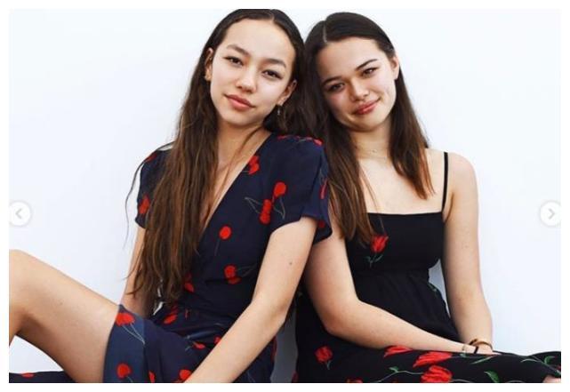 邓文迪大女儿分享近照,18岁格雷丝豪宅阳台自拍,粉丝赞超帅气