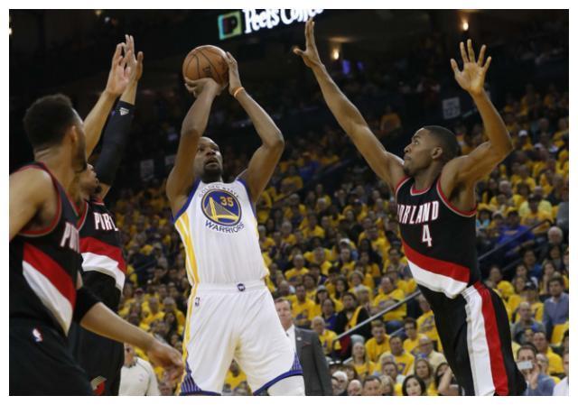 NBA每个位置的单挑王:分卫乔丹碾压无悬念,控卫与大前备受争议