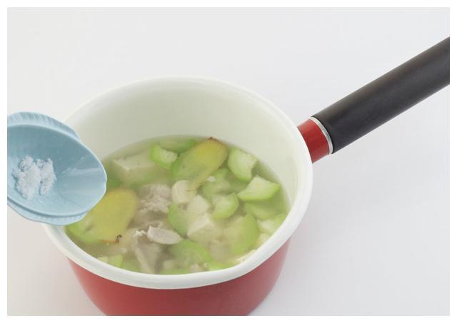 秋季老婆最爱的减肥汤,排毒养颜,一天喝一次