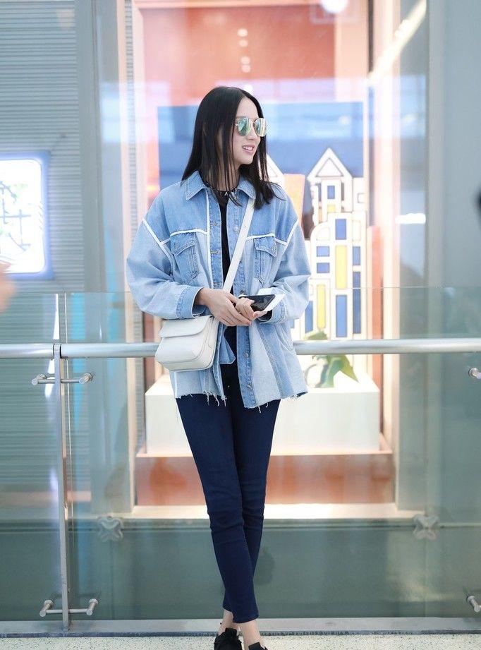 真心被张梓琳的身材比例震惊到了 拥有逆天长腿,即便瞎穿也好看
