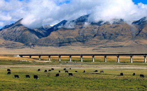 中国最贵、最难修的铁路:途径众多复杂路况,投资高达2126亿元!