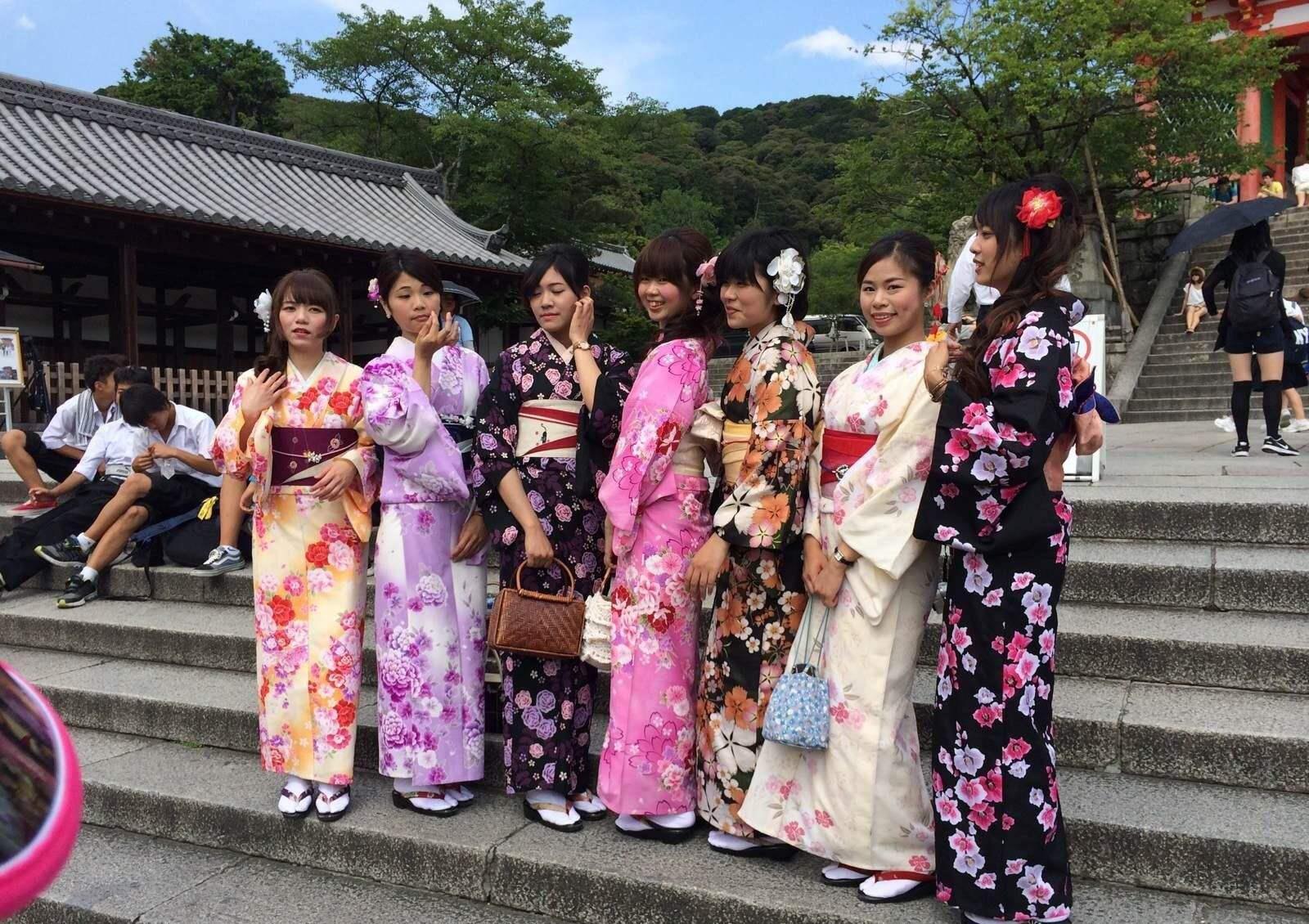 日本女士和服穿戴方法