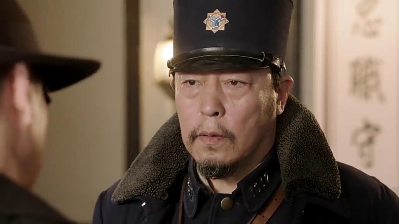 武田弘一来到倪大红的局子,来悼念他曾经的中国同学