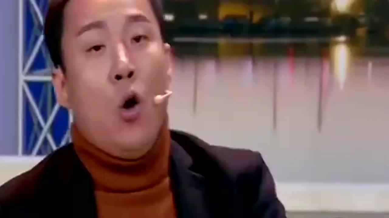 欢乐喜剧人郭阳郭亮秀口技霸王龙养殖专业的导演不走寻常路