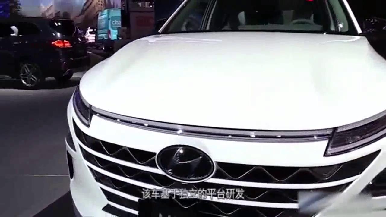 氢燃料电池SUV亮相!加氢5分钟能600公里,还买啥电动车