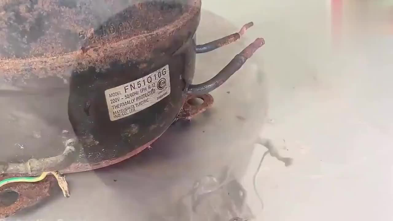 废弃的空气压缩机在你手里一文不值看牛人如何修复它