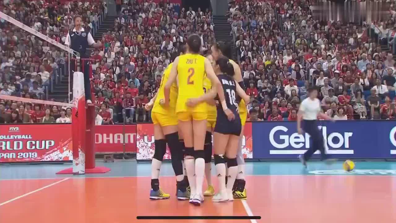 中国女排从一个比赛暂停来看郎家军的凝聚力和向心力