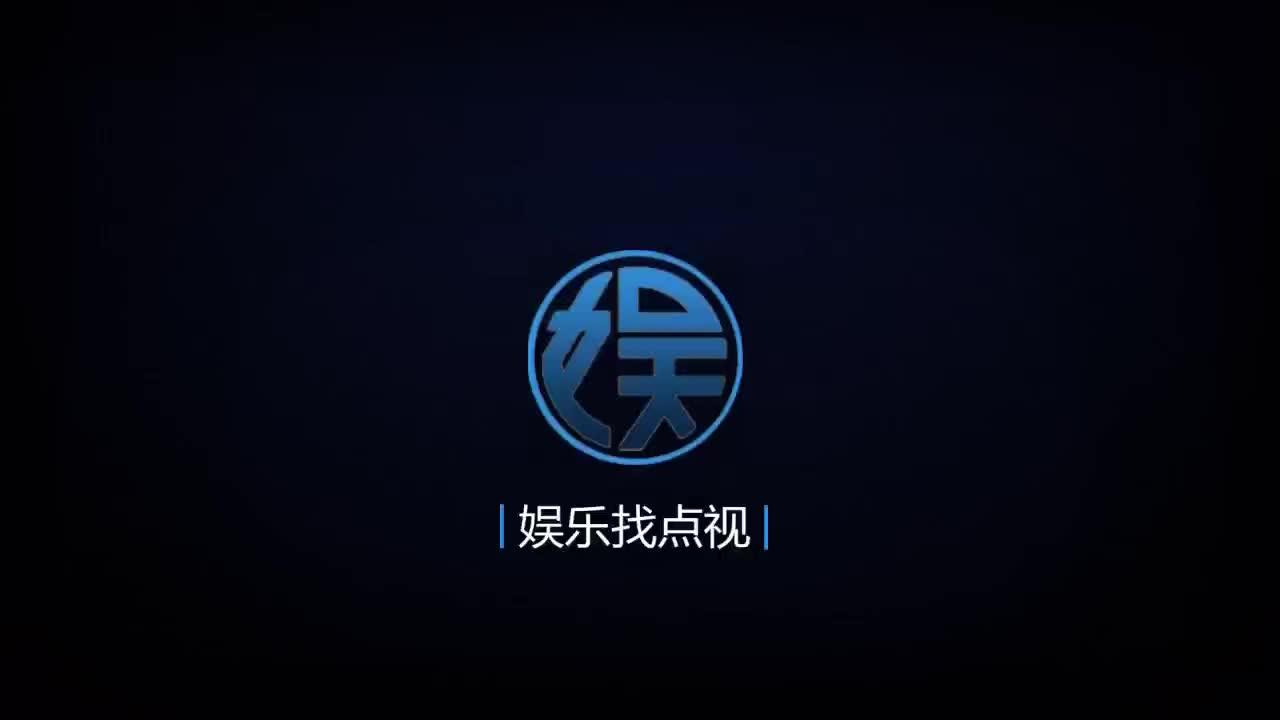 浪漫脱口秀节目模仿中国网红飞纱