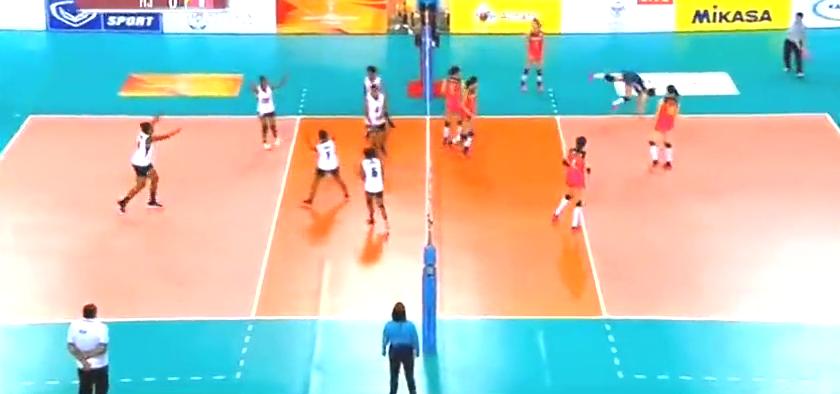 满足了!斐济女排在中国女排手上拿到了10分,看斐济大姐高兴的
