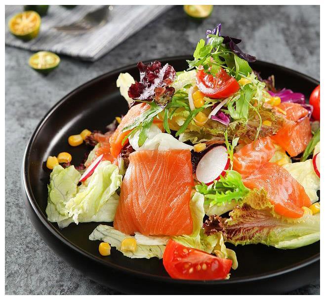 好吃又减肥的简易沙拉,5分钟就能做完