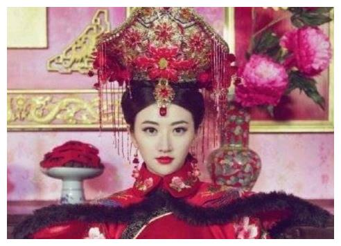 """清朝后宫做""""老大""""最久的女人不是慈禧,而是令妃的儿媳妇"""
