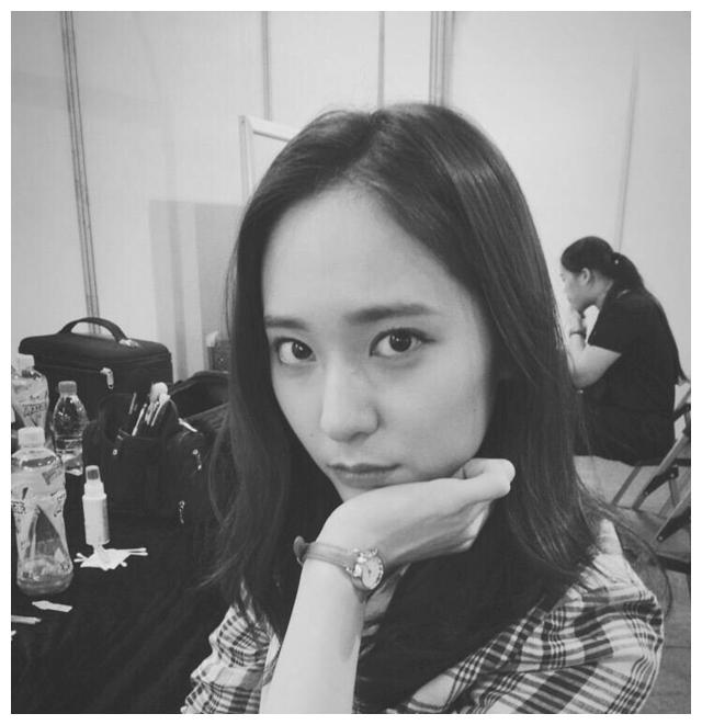 宋茜、郑秀晶、吴涟序、金所炫、金智缓~ 喜欢哪个小姐姐