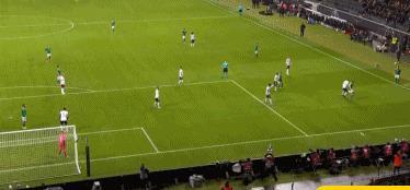 德国6-1北爱尔兰,格纳布里戴帽,戈雷茨卡双响
