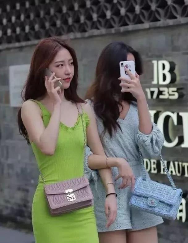 网传女子遭男子殴打扒衣拖行 警方:无迹象表明事发地在绵阳境内