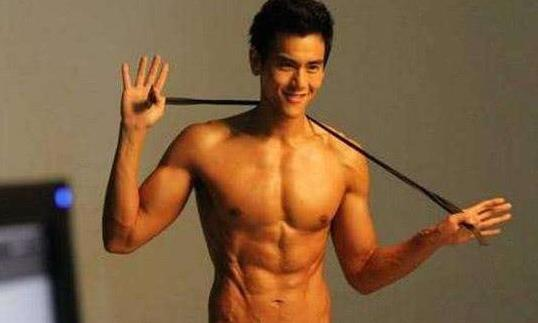 彭于晏:这是我的腹肌,郭富城:这是我的,王宝强:我这算啥?