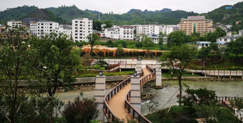 贵州省这3座贫穷的城市,拥有丰富地理位置,但并没有用好