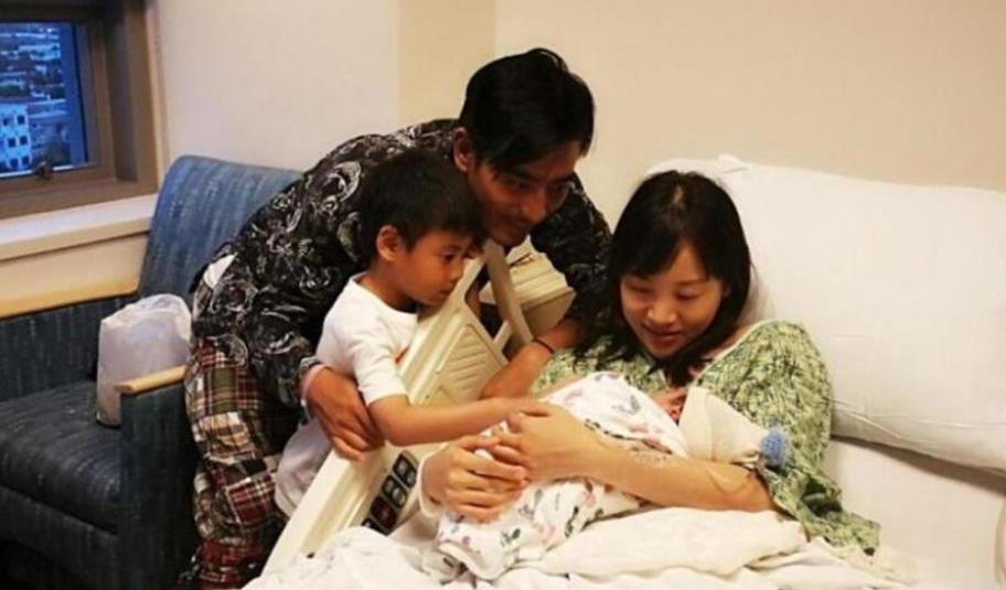 """生二胎最好避开的""""年龄差"""",不仅宝妈伤身体,还影响孩子感情"""