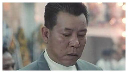 """""""恶人专业户""""李兆基晚年再无恶人形象,手术后特别感谢古天乐"""