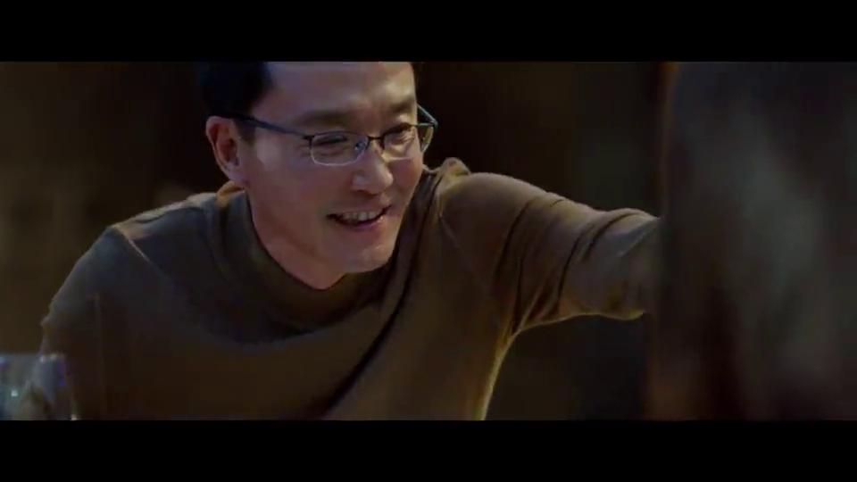 """《妈阁是座城》曝正片片段,白百何吴刚""""真喝""""飙戏演技炸裂"""