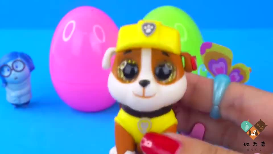 儿童玩具:在奇趣蛋里找到了小力和小青,还会有谁呢?