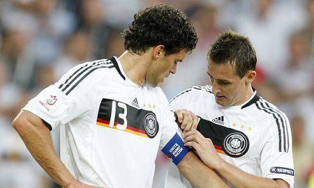 """巴拉克和克洛泽力压前辈,成为德国队的""""号码A阵"""",穆勒未入选"""