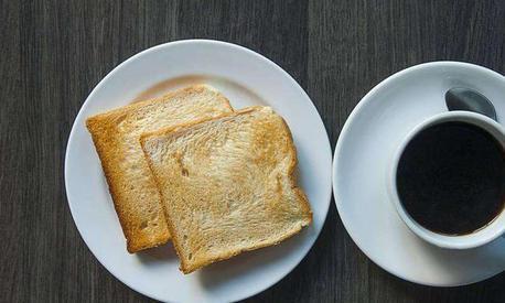 小米超强黑科技评测:自动研磨咖啡杯,口感极佳,告别瑞幸雀巢!