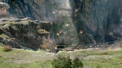 九黎策划谋反,怎料藏兵洞内埋藏着许多兵器,这下有戏好看了!