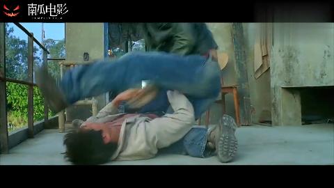 导火线马军大战Tony哥尝尝我十字固的厉害全影片最精彩片段