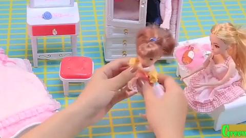 芭比娃娃模拟换装,带小孩洗澡,淋浴喷头真实出水哦