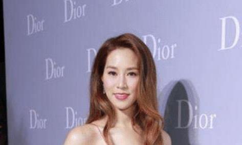 """有种撩人叫徐子淇,大胆挑战""""3D彩绘""""礼服"""