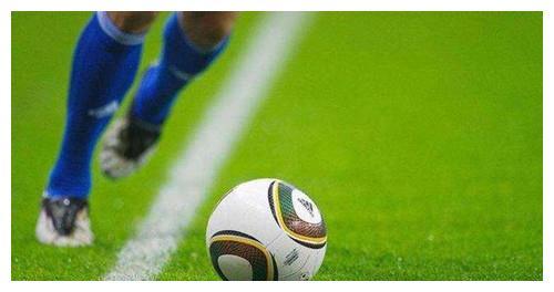 美国世界杯上,他失误踢进1个乌龙球,回国后有人朝他连射12枪