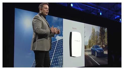 拆开一台自燃特斯拉,上千节电池映入眼帘,车友:这也叫技术?