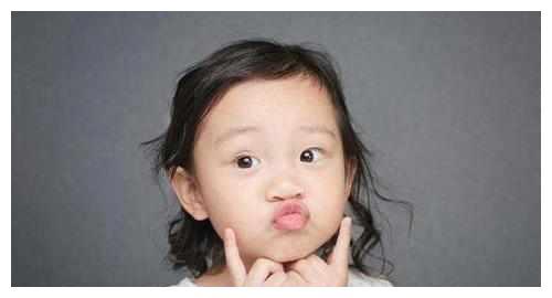 李小璐自爆甜馨在幼儿园早恋,对方愿为甜馨做牛做马